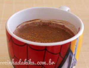 Como fazer chocolate quente no microondas